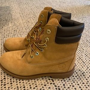 Timberland boots worn once! 7.5